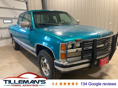 Pre-Owned 1993 Chevrolet K1500 Base 4WD Ext Cab 141.5