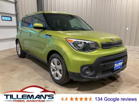 Pre-Owned 2017 Kia Soul Base FWD 4 Door Wagon